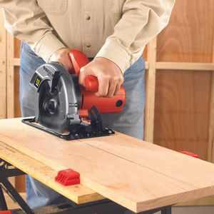 Serra-CS1020B2-Black---Decker